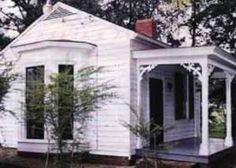 Ivy Green, Tuscumbia, Alabama, birthplace of Helen Keller
