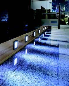 Küche mit LEDs im neuen Licht