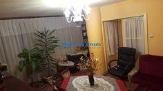 Vanzare apartament 3 camere decomandate zona Centrul Civic