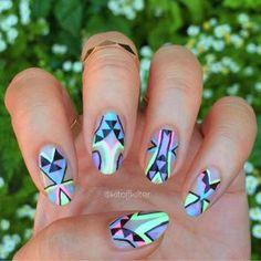 34220516 Neon Nail Designs
