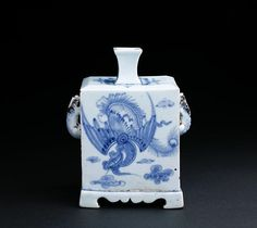 (Korea) Blue & White Porcelain square Bottle with two Handles. Joseon Kingdom, Korea. ca 19th century CE.  백자청화 운봉황문사각병 雲鳳凰紋四角甁