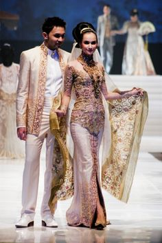 Anne Avantie Kebaya Wedding Dress Bride and Groom | Indonesia