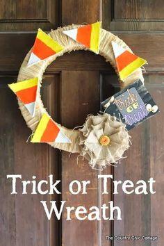 DIY Halloween : DIY Trick or Treat Halloween Wreath