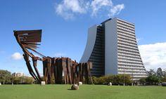 Largo dos açorianos 2 - Carlos Tenius – Wikipédia, a enciclopédia livre