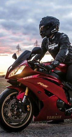 Shared by Motorcycle Clothing - Two-Up Bikes www.twoupbikes.co.uk #motorcycleclothing #Rayven #RayvenClothing #motorcycletrousers #leatherjackets