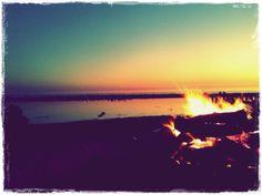 Make A Bonfire In The Beach #PANDORAsummercontest