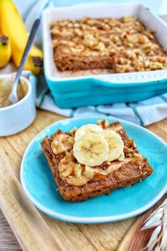7 Five-Ingredient Dessert Recipes To Tackle This Weekend Healthy Food Blogs, Healthy Cake, Healthy Treats, Healthy Baking, Breakfast Snacks, Lunch Snacks, Best Breakfast, Breakfast Recipes, Vegan Breakfast