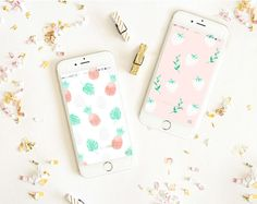 Get these adorable tech wallpapers on LaurenConrad.com