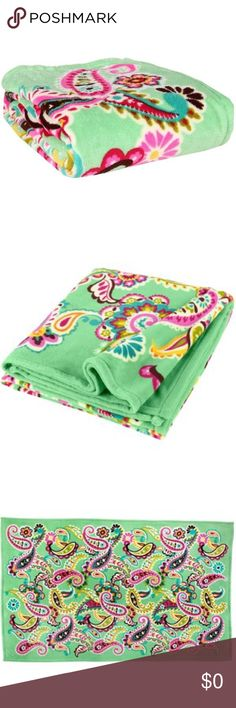 In search of: Vera Bradley blanket in Tutti Frutti I've been searching for a while now to find a Vera Bradley fleece throw blanket in the print Tutti Frutti. I absolutely love this print but I cannot seem to find it in the fleece throw blanket anywhere! If you are selling one, preferably new with tags, please let me know. Thank you! Other