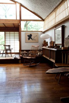 Nakashima via The Black Workshop #coolspaces #spaces #finehomes