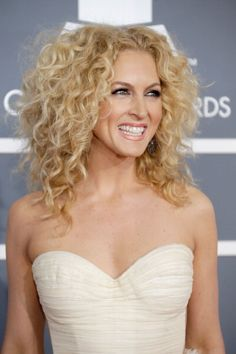 I sure like this lovely Lady, Miss Kimberly Schlapman. Fabulously Spotted: Kimberly Schlapman Wearing Maria Luisa Hohan   2013 Grammy Awards