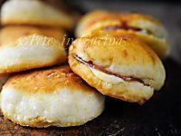 Pancakes di patate con prosciutto e scamorza, ricetta sfiziosa, facile, pranzo da asporto, focaccine farcite sfiziose, idea veloce per cena, ricetta per feste, buffet