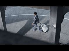 Spring-Summer 2016 Ready-to-Wear CHANEL Collection - YouTube