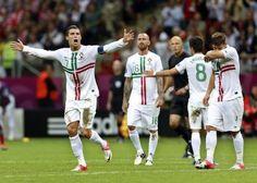 Kristijano Ronaldo odveo Portugal u polufinale! Portugal, Cristiano Ronaldo, Euro 2012, Thing 1, European Championships, Sports News, Rugby, World Cup, Soccer