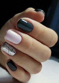 Sweet Winter Nail Design and Color Dark blue winter manicure with pale pink and silver glitter accent nailsDark blue winter manicure with pale pink and silver glitter accent nails Casual Nails, Trendy Nails, Manicure Colors, Nail Colors, Manicure Ideas, Nail Ideas, Colours, Shellac Nails, My Nails
