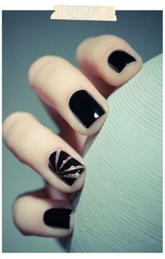 Pink Sparkle Starburst on Black Nails #manicure