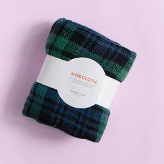ModCloth Loch and Key Blanket Scarf (Fall 2016 FabFitFun Box)