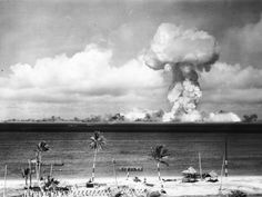 WORLD WAR 3 SCENARIO : What would happen if a nuclear bomb were fired at Britain?