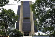 Banco Central anuncia o Mutirão de Renegociação 2019 E 500, Skyscraper, Multi Story Building, Portal, App, Blog, Central Bank, Goods And Services, Interest Rates