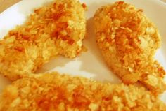 Crunchy Potato chip chicken if your familiar with the recipe of Frenchs Crunchy Onion Chicken its prepared and cooked the same way except using crunchy onions use potato chips i prefer the lays bbq very good my husbands and kids favorite Easy Baked Chicken, Baked Chicken Recipes, Potato Recipes, Potato Chip Chicken, Onion Chicken, Boneless Chicken, Lays Potato Chips, Great Recipes, Favorite Recipes