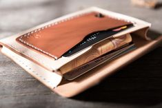 Overview: Design: Handmade Leather Mens Cool Short Wallet Card Holder Small Card Slim Wallets for MenIn Stock:  Ready to Ship (2-4 days)Include: Only WalletCust