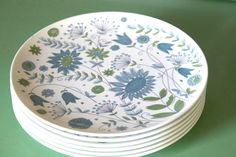 Vintage Texas Ware Retro Flower Dinner Plates, Set of 6. $18.00, via Etsy. Dinner Ware, Dinner Plates, Melamine Dinnerware, Tableware, Plastic Ware, Retro Flowers, Milk Glass, Tabletop, Wednesday