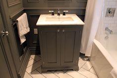 towel bar placement alongside sink