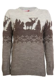 The winter print is perfect for this season! Take a look at the moose and tree print, very winterish.. The sweater is completely in beige coloring, dark and soft beige. The sweater is made of soft knitwear and will keep you nice and warm these days. The collar is high closed so your neck will be warm!  www.2dayslook.com
