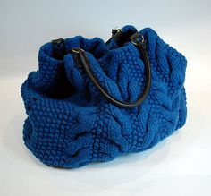 Ravelry: Seed & Cable Bag pattern by Americo Original
