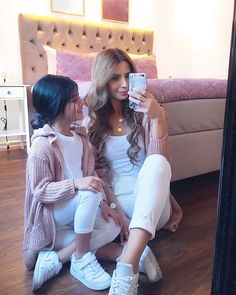 Pin by Leyla Tural on Anne kiz Mom Daughter Matching Outfits, Mommy And Me Outfits, Cute Girl Outfits, Matching Family Outfits, Kids Outfits, Cute Baby Girl, Mom And Baby, Baby Girl Fashion, Kids Fashion