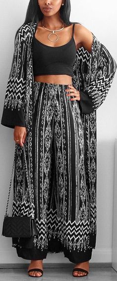 The Eva Aztec Set from Boohoo // A great set to wear for the summer // Fashion Look by femmeblk