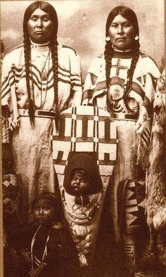 BANNOCK WOMEN AND CHILDREN , circa 1885