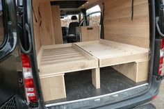 mercedes-sprinter-camper-met-eiken-interieur-royaal-bed 1