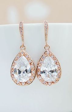 Gorgeous! | I'm a sucker for these stunning drop earrings...
