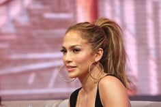 Jennifer's high, voluminious ponytail at the 106 & Park live appearance…