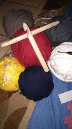 TSHIRT YARN has arrived tonight, stay tuned to see my creationas this week for step by step instructions and please follw me at richardscreations.wordpress.com
