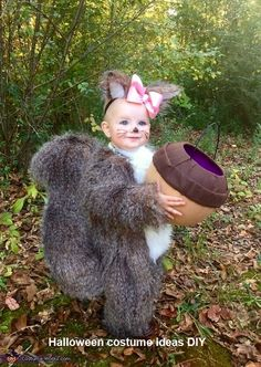 47 halloween costume ideas for kids!Whether you\'re looking for a Halloween costume for yourself your . a dozen Halloween parties to go to because I was swimming in great costume ideas. Cute Baby Halloween Costumes, Homemade Halloween Costumes, Fete Halloween, Halloween Costume Contest, Cute Costumes, First Halloween, Halloween Kids, Costume Ideas, Homemade Toddler Costumes