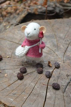 Little Collector  Mouse - Felting Dreams - READY TO SHIP. $68.00, via Etsy.
