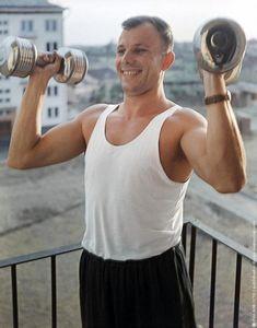 18 редких кадров из жизни простого человека по имени Юрий Гагарин