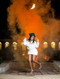 Nursing Graduation Pictures, Graduation Dress College, Graduation Look, Graduation Picture Poses, Graduation Photoshoot, Grad Pics, Grad Pictures, Graduation Ideas, Graduation Photography