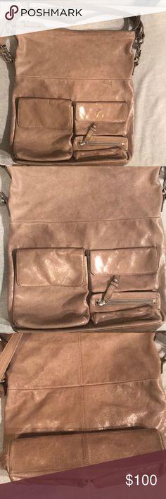 Hobo International large ash color crossbody Super NiceHobo International ash color crossbody, shoulder leather purse (EUC) HOBO Bags Crossbody Bags