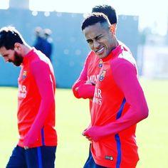 @neymarjr  #FCBarcelona #football #training #IgersFCB #ForçaBarça