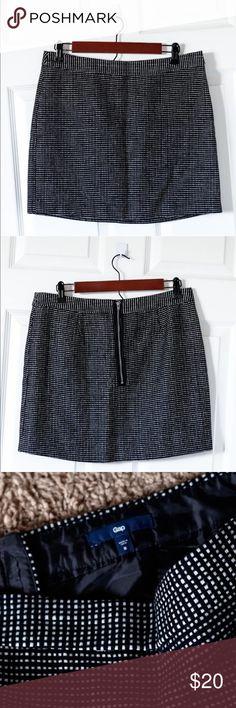 Selling this GAP Black White Woven Tweed Wool Career Mini Skirt on Poshmark! My username is: breonnaclark. #shopmycloset #poshmark #fashion #shopping #style #forsale #GAP #Dresses & Skirts