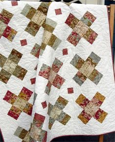 Gracie Square Quilt Pattern LLD-030