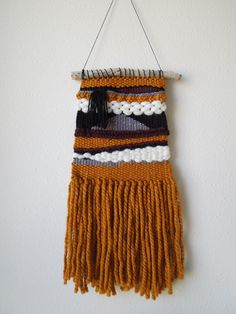 woven wall hanging > bexley