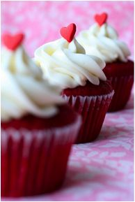 Red Velvet Heart Cupcakes for #Valentines Day
