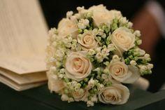 Bouquet rose avorio e buvardia di Fioricoltura Sorrentino | Foto