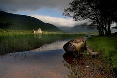 Kilchurn Castle, Loch Awe | 25 Places In Scotland That Are Straight Out Of A Fantasy Novel