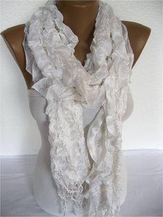 White Scarf Trend Scarf Fashion Scarf by SmyrnaShop on Etsy Echarpe,  Foulard, Écharpes Blanches 89fcab91fb3