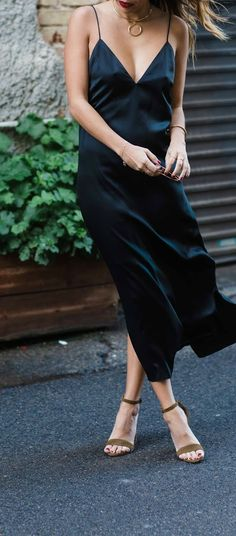 easy weekend outfit: slip dress